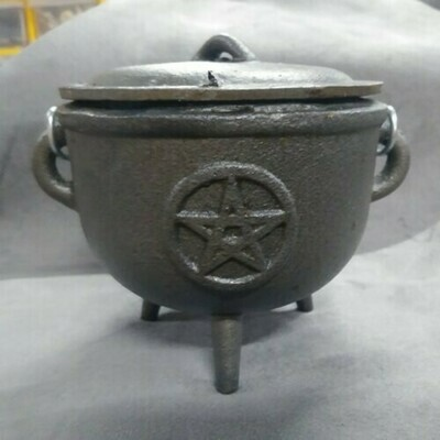 Cauldron - 4.5 Inch Pentagram