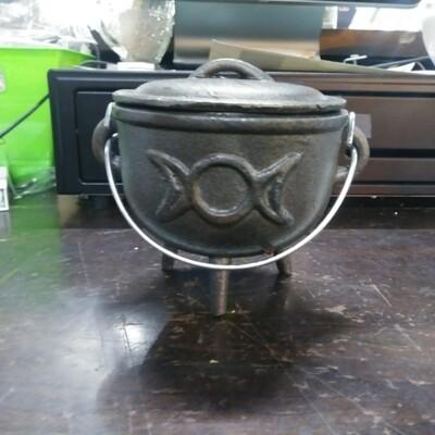 Cauldron Triple Moon With Lid