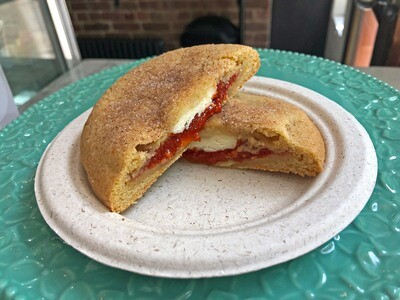 Guava & Cheese Sandwich Cookie