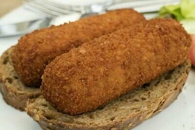 2 vleeskroketten met brood