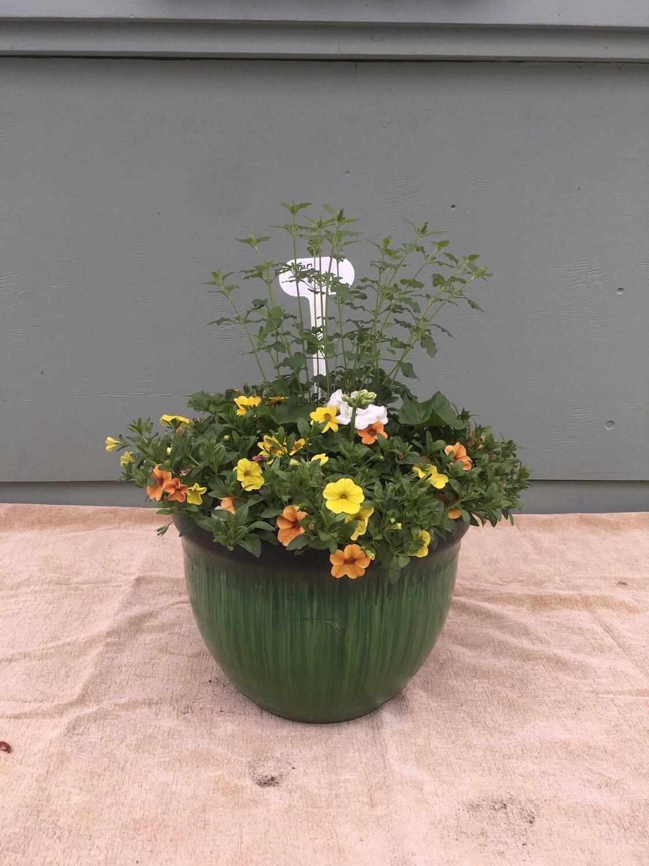 "15"" Green Planter Pot"