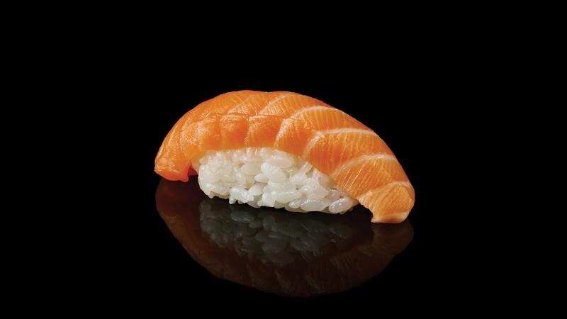 Лосось суши 1+1 ( каждая вторая в подарок )
