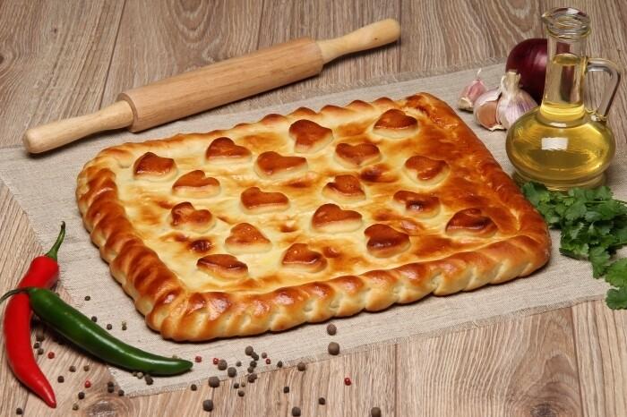 Пирог с картошкой и грибами 1 кг (предзаказ)
