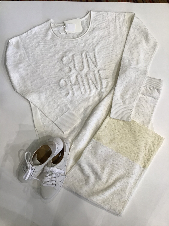 Sunshine loop stitch top