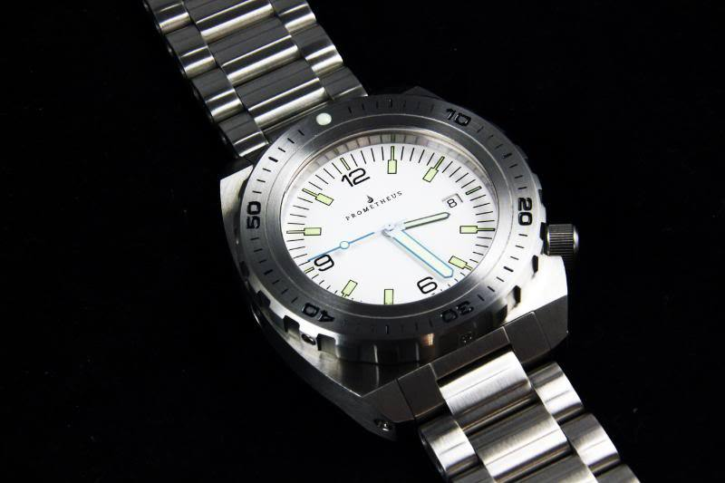 Swiss Made Prometheus Manta Ray Men's Diver Watch White Dial 1H PMTMRW1H