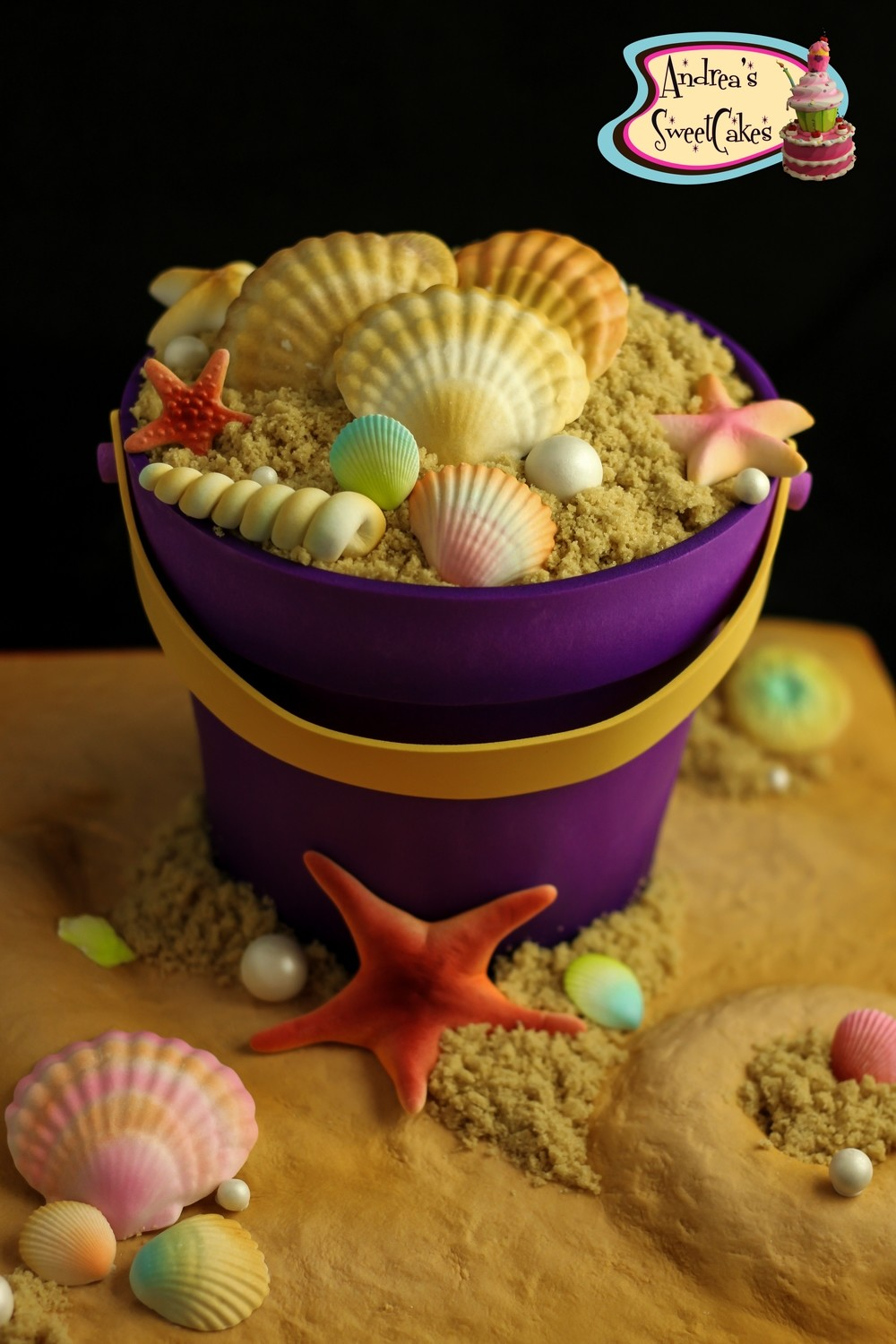 PDF tutorial on how to make a Sand Pail cake with shells