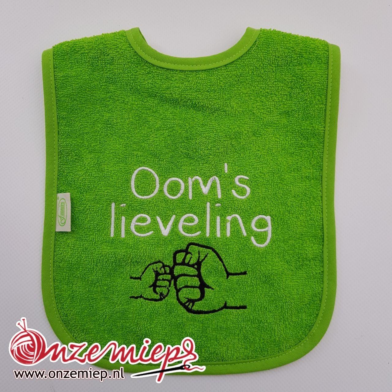 """Groene slab met """"Oom's lieveling"""""""