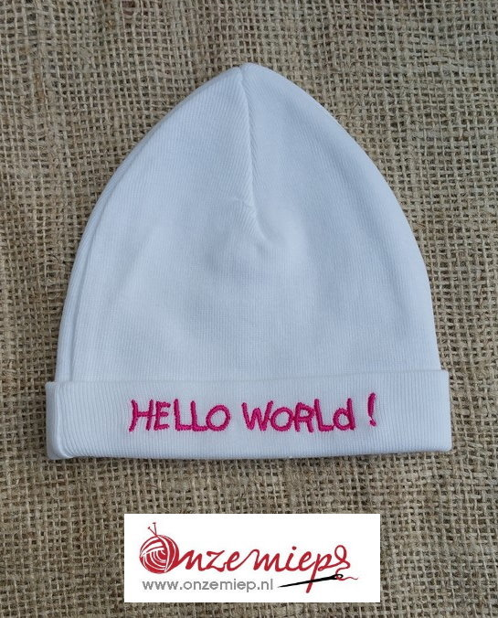 "Baby mutsje ""Hello world"""