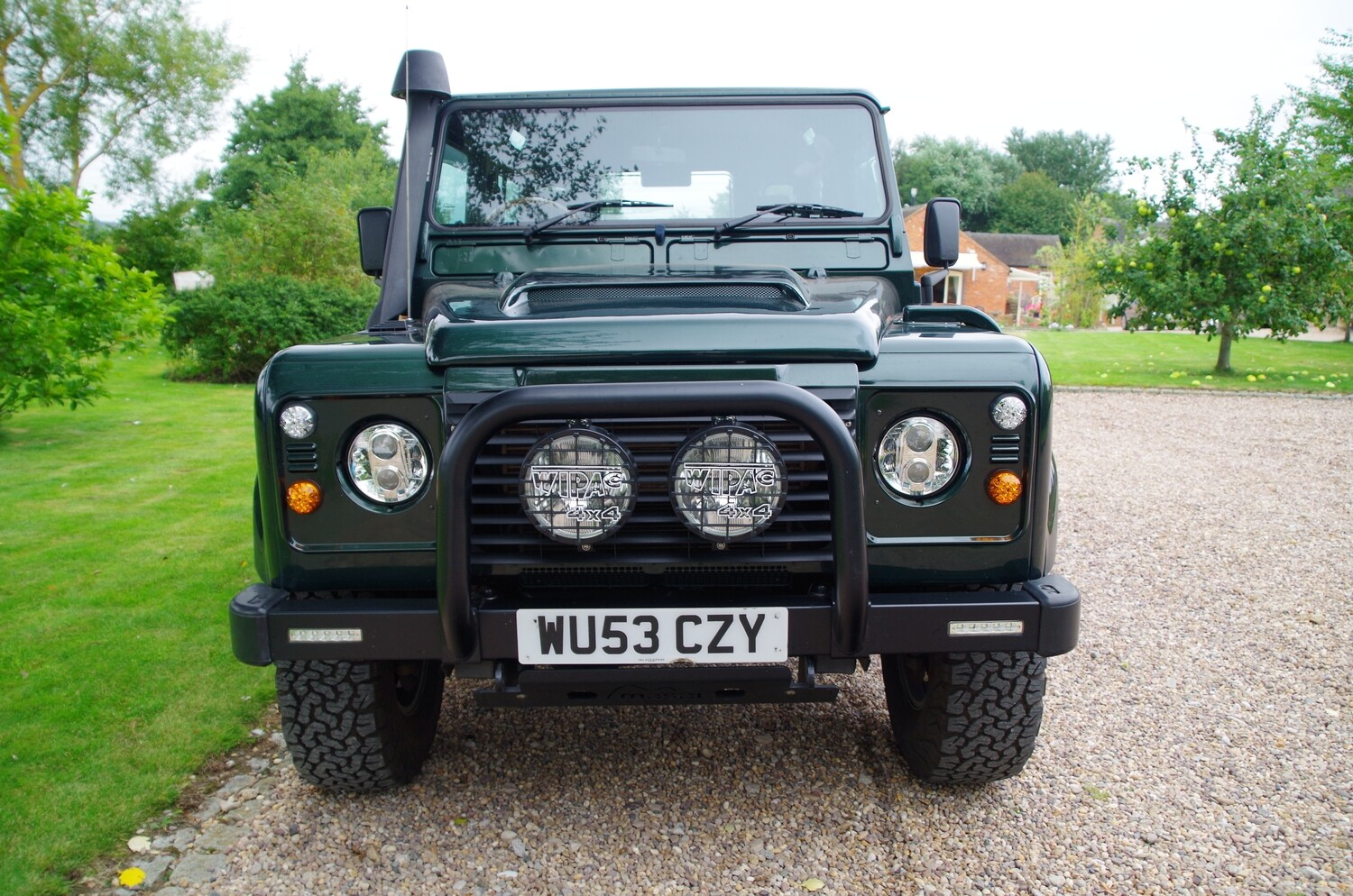 Stainless Steel Nudge Bar / A Bar - (Air Con ONLY) off-roading for Land Rover Defenders