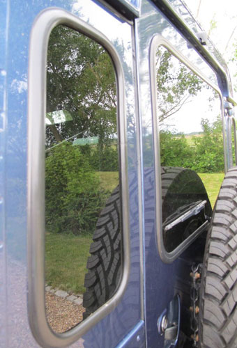 Rubber Seals for Rear Quarter Glass Windows Land Rover Defender