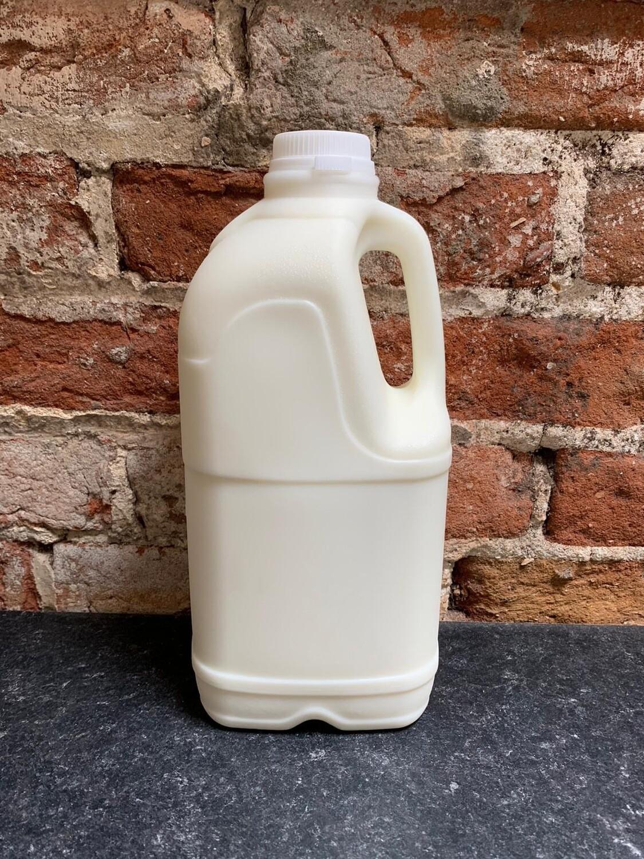4 Pints Fresh Whole Pasteurised Cows Milk