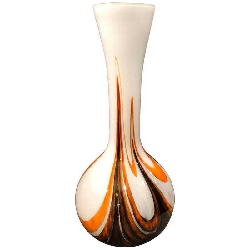 Carlo Moretti Space Age Opaline Vase Made in Italy in the 1970s