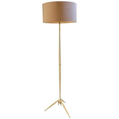 Mid-Century Modern Italian Floor Lamp in the Manner of Stilnovo circa 1950