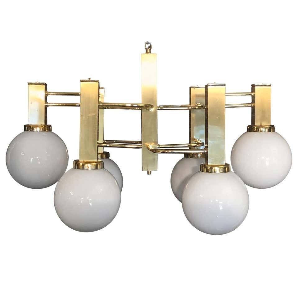 Mid-Century Modern Sciolari Style Brass and Glass Chandelier, circa 1970