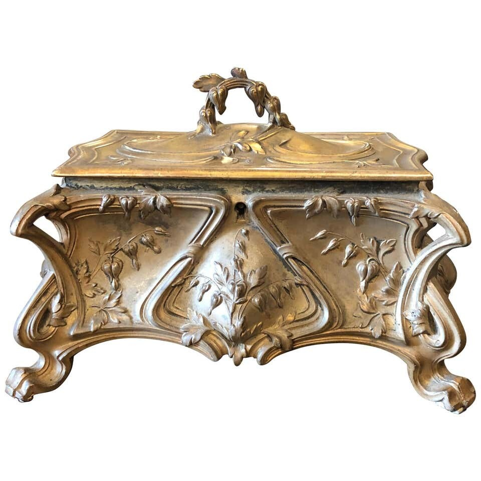 Art Nouveau Italian Jewelry Box, circa 1900