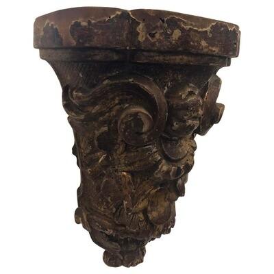 Baroque Hand Carved Gilded Wood Antique Sicilian Shelf, circa 1630