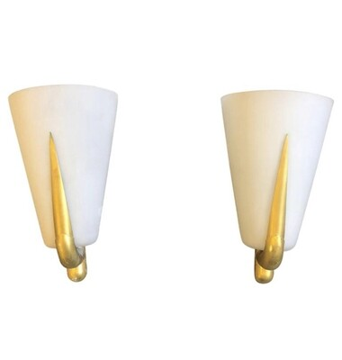 Gio Ponti Style Set of Two Mid-Century Modern Brass and Glass Wall Sconces, 1950