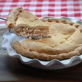 Large Homestyle Chicken Pie   Centerville Pie Company
