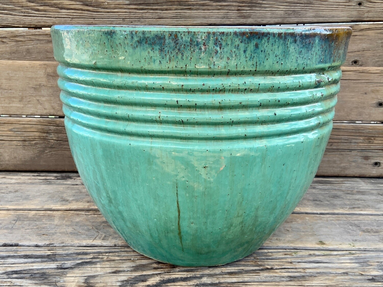 Greenhouse Pot | Ribbed Jade Planter | 14