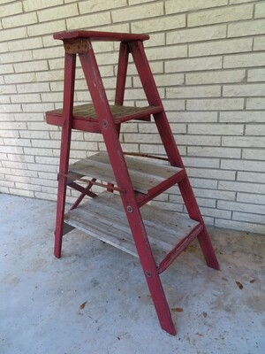 Primitive Farmhouse Ladder Shelf