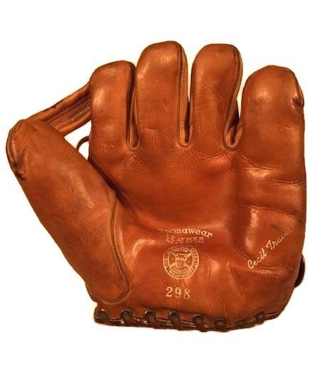 1930's Vintage Baseball Glove - Cecil Travis
