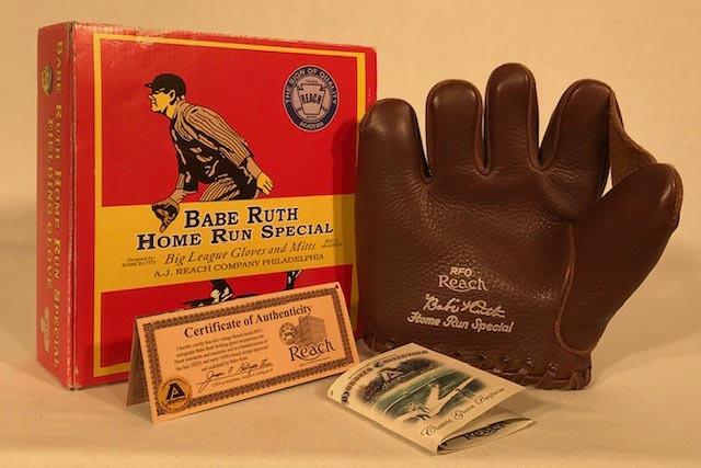 Babe Ruth Home Run Special Baseball Glove - 2007 Replica