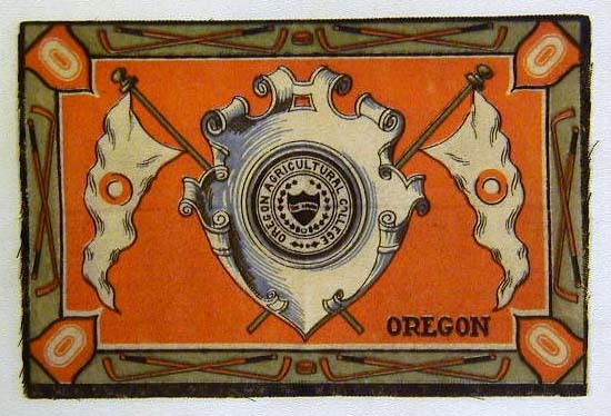 Scarce 1910's Hockey Tobacco Felt for Oregon College