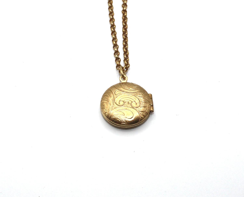 La Vie Parisienne SMALL Gold ROUND LOCKET Filigree Etch