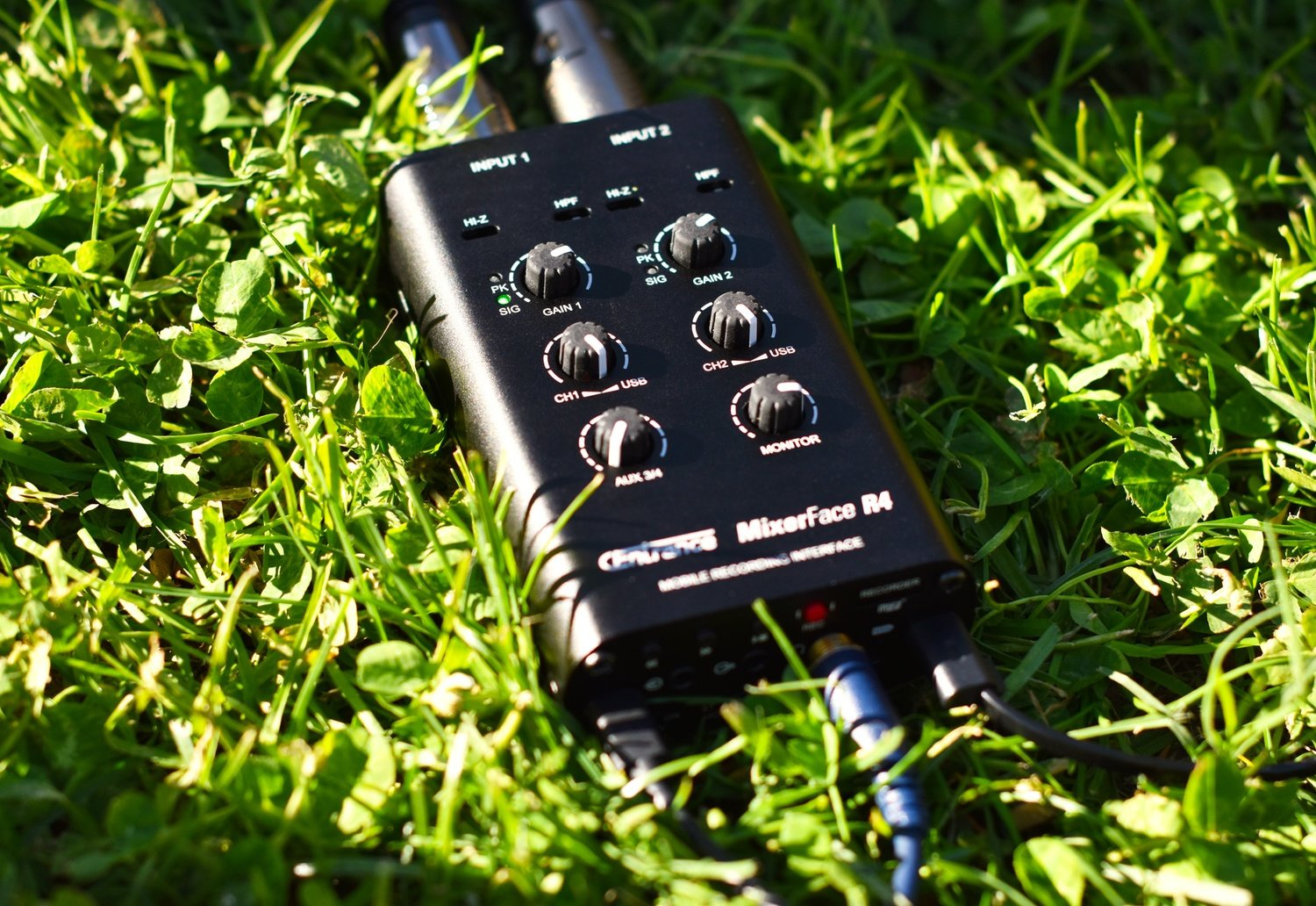 MixerFace R4R - Mobile Recording Interface with micro-SD Card Stereo  Recorder 5 05 0 out of 5 stars5100%100%40%0%30%0%20%0%10%0%See all reviews  23