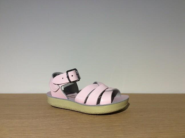 Swimmer pink