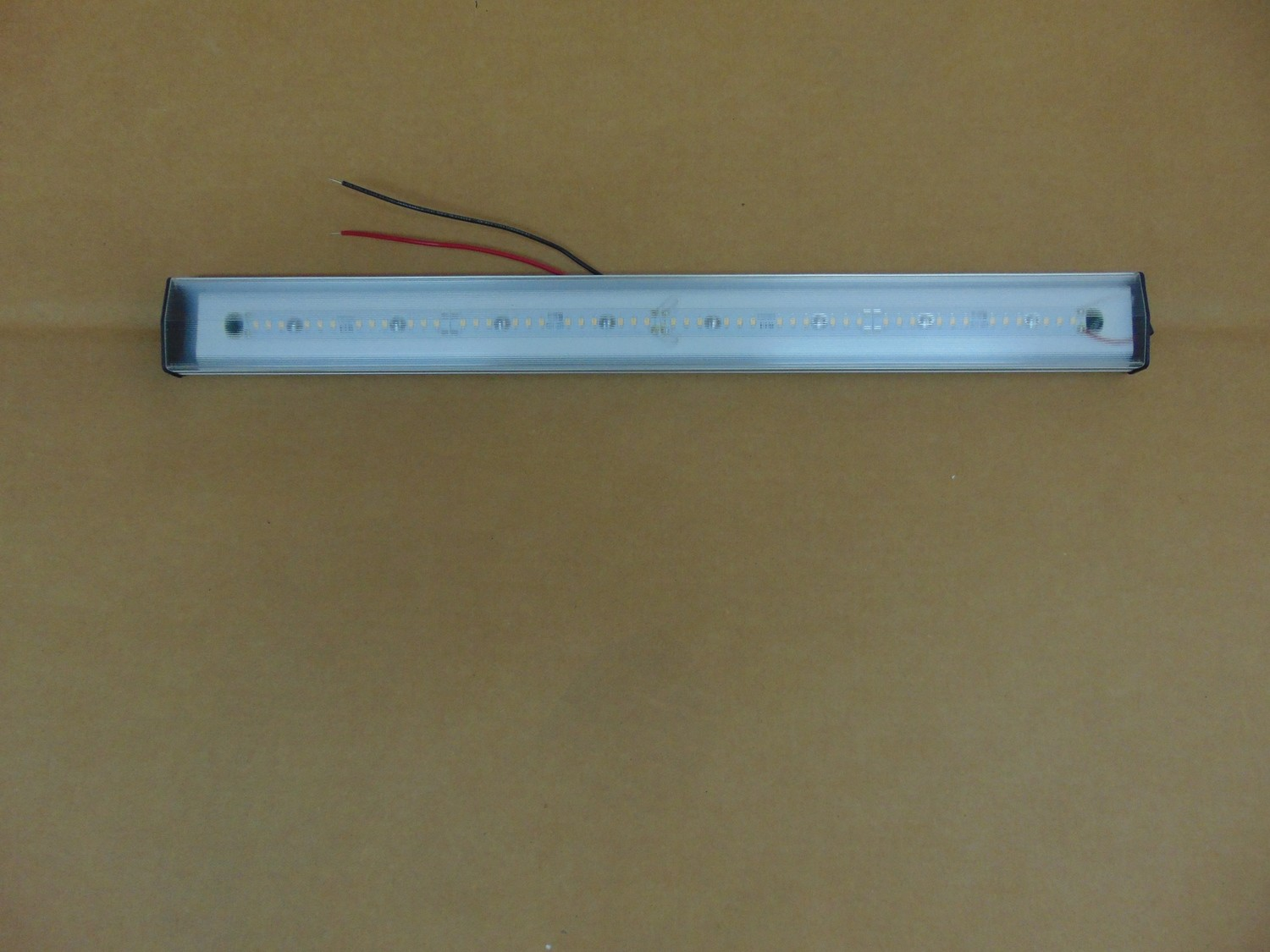 "Thin-Lite 23"" LED Fixture"