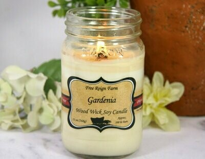 <strong>Gardenia</strong><br>Wood Wick Soy Candle