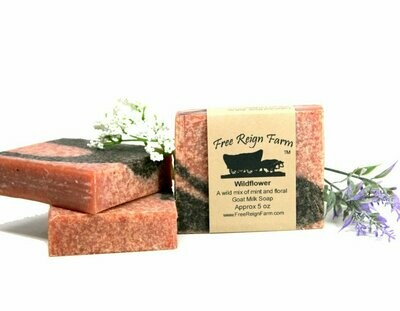 <strong>Wild Flower  </strong><br> Wild Flowers & Mint<br> Goat Milk Soap
