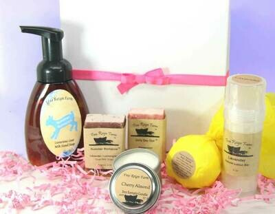 <strong>Bubbles & Bows Gift Set</strong><br>Customize your own gift!