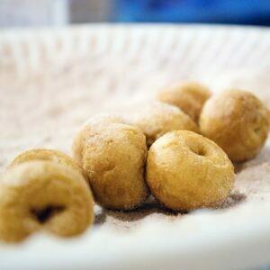APPLE CIDER DONUTS - 6 mini donuts per bag