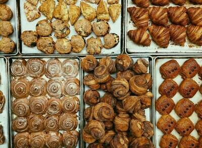 18 Assorted Pastries