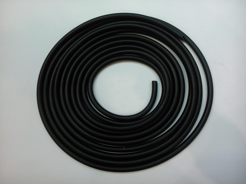 Бензошланг чёрный 4*8 длина 5м.