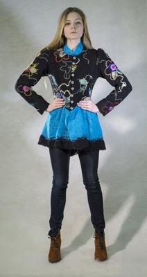 Жакет черный с цветами