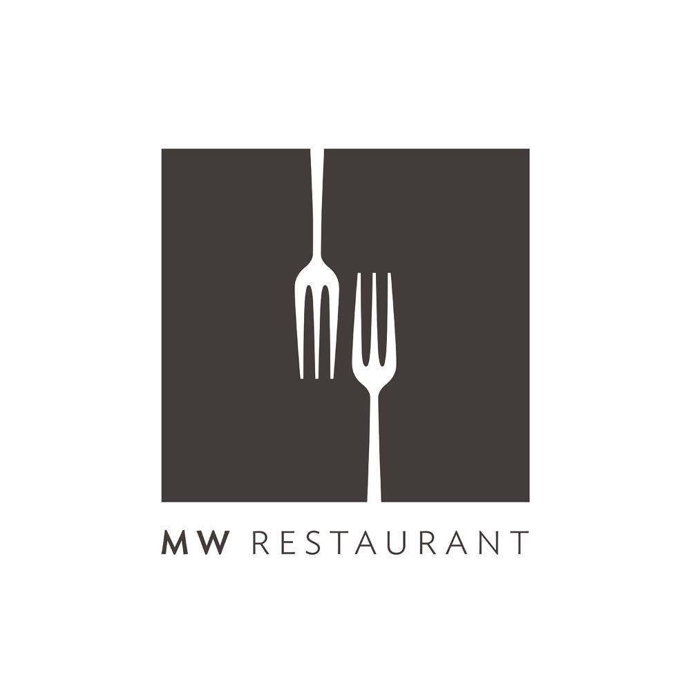 MW Restaurant - Table of 4
