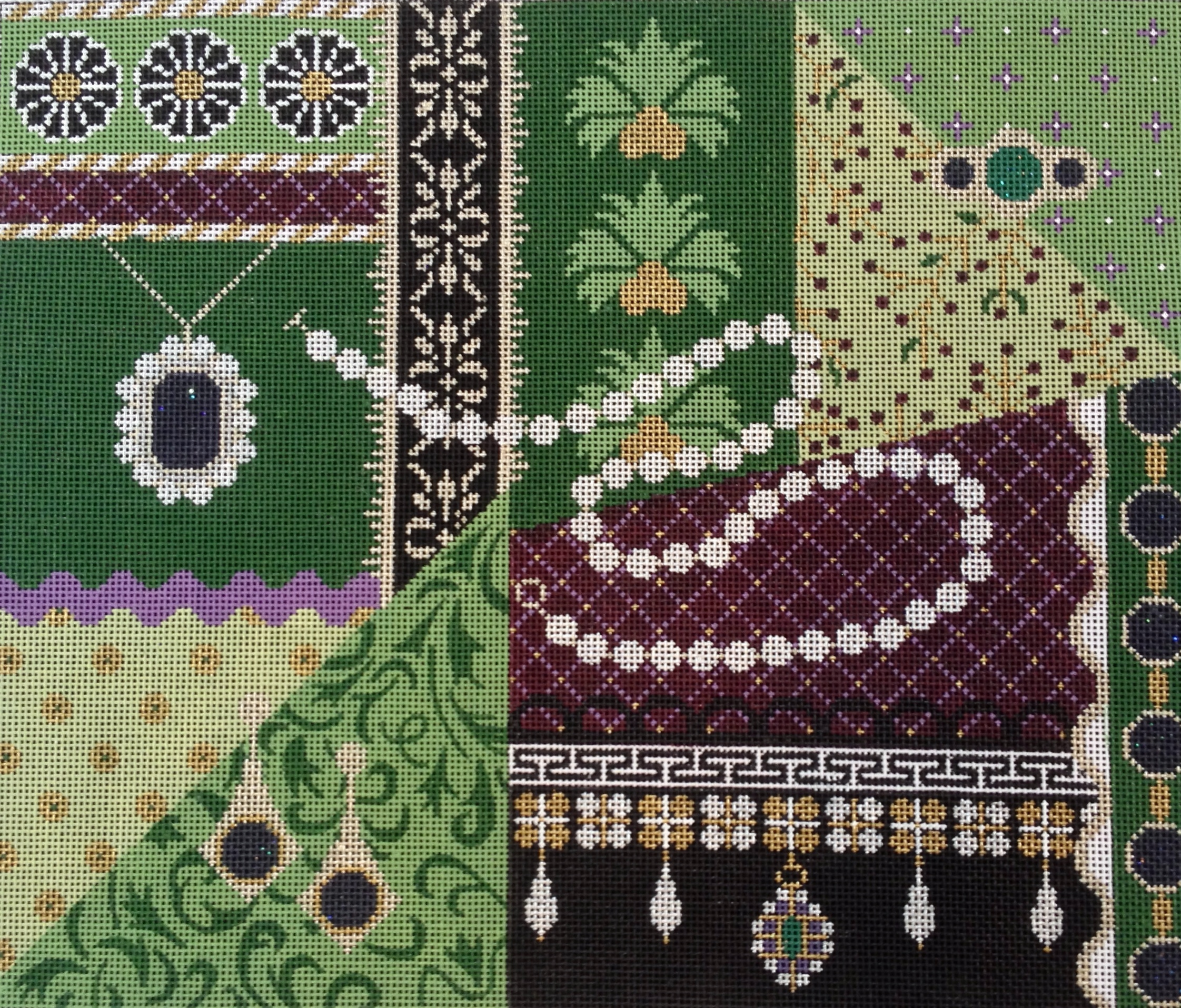 Green Royal Pain in the Tudor   (JP Needlepoint Designs) *L527