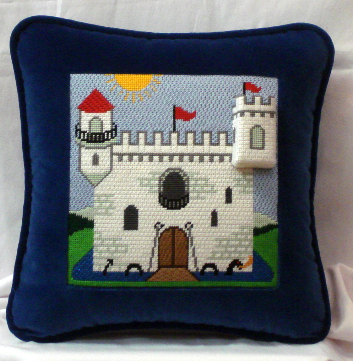 Castle Tooth Fairy Pillow       (Julia's Needlework) *P88