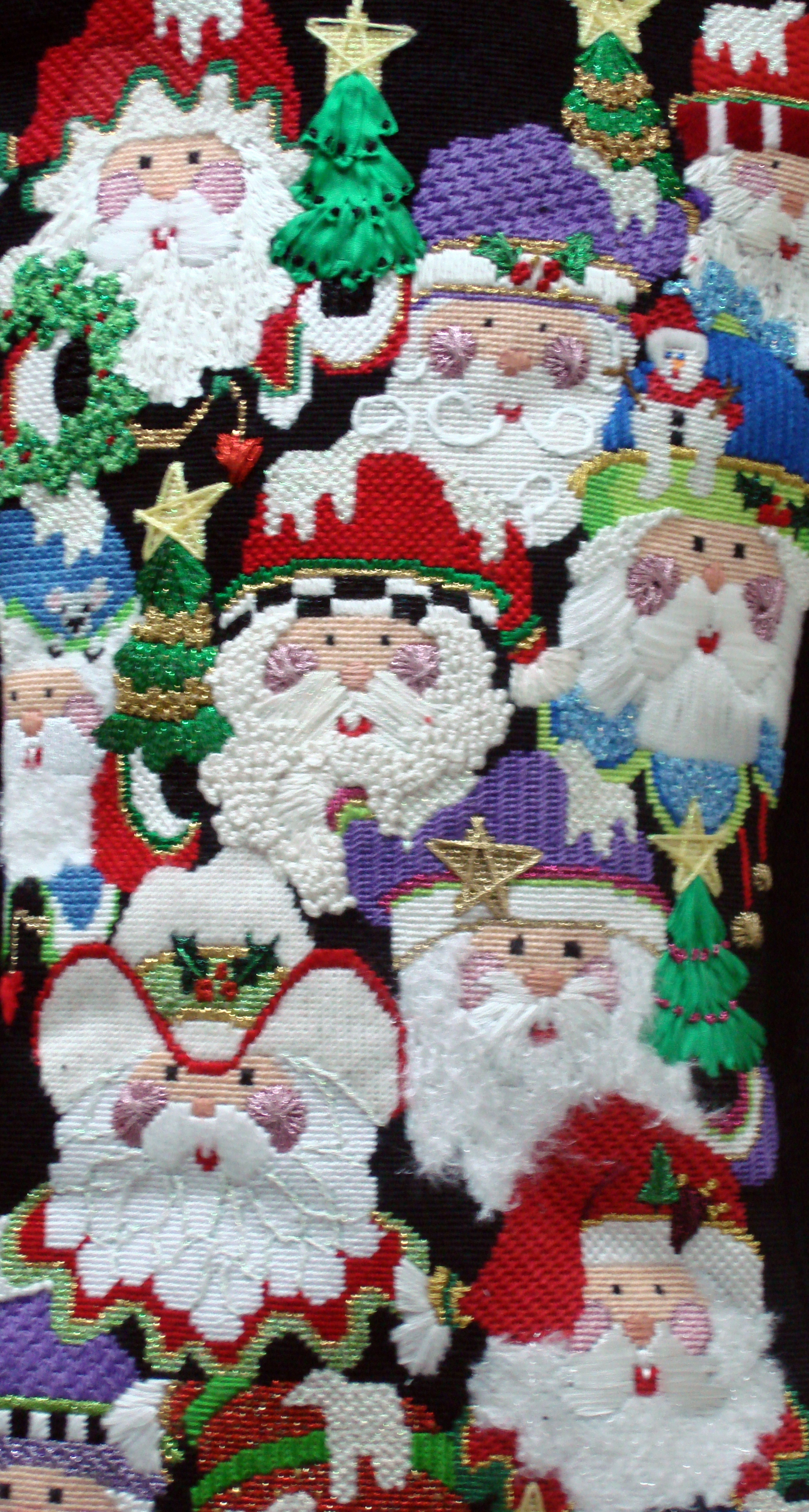 Multi Santas Faces 18 Mesh (Model Shown) (handpainted from Strictly Christmas Designs)