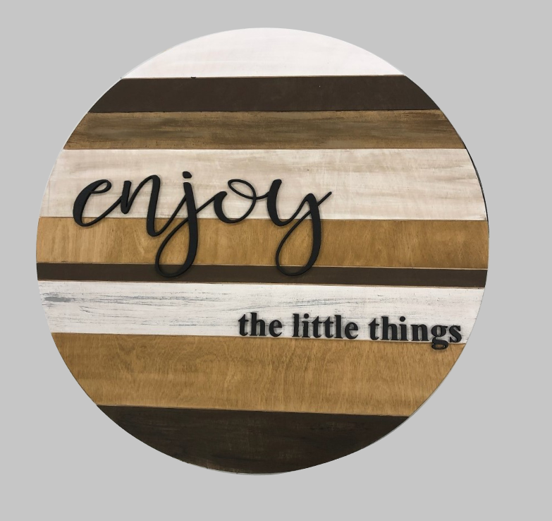 Enjoy the little things - Shiplap look with 3D words