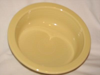 Fiestaware by Homer Laughlin Vintage Serving Bowl 40 oz, 8.25