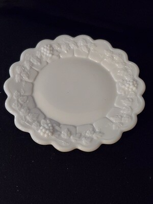Westmoreland Bread and Butter Plate, Paneled Grape, 6 1/4