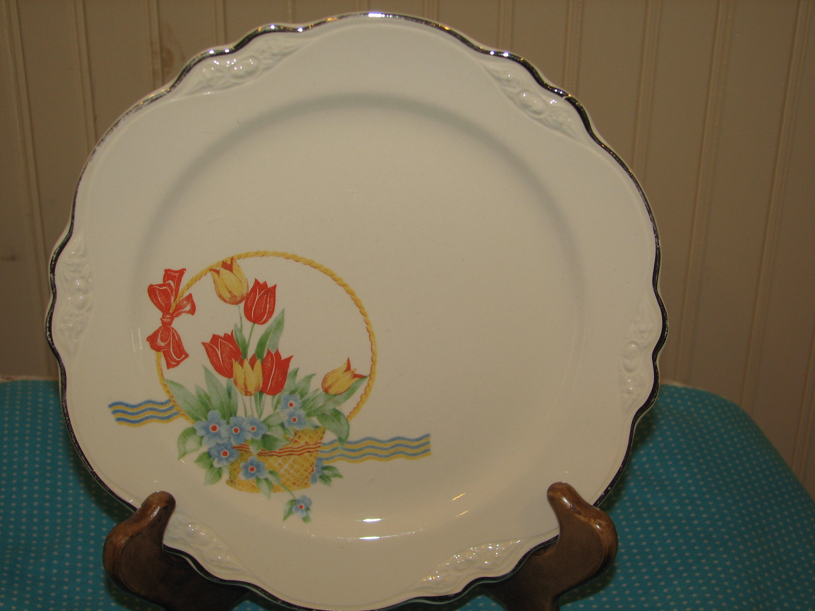 Homer Laughlin Virginia Rose Luncheon Plate, Tulips in Basket ...