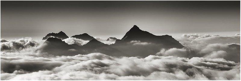 Testa Grigia fra le nuvole