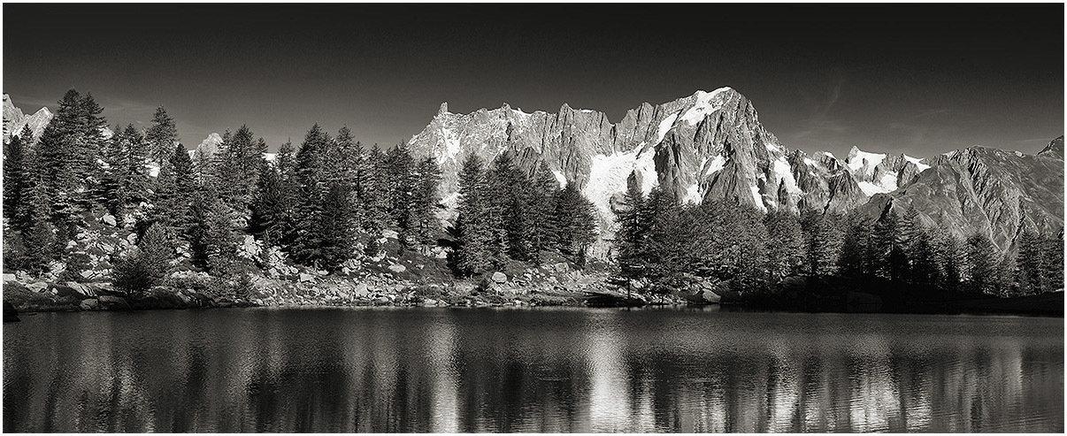 Lago d'Arpy - Dente del Gigante - Grandes Jorasses
