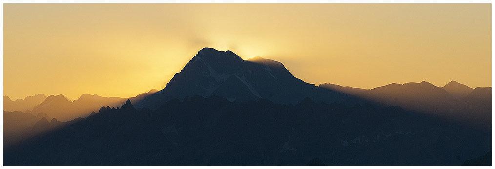 Grand Combin al tramonto