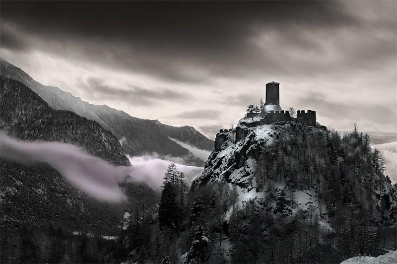 Fortezza fra le nuvole - Castello di Graines - 20copie